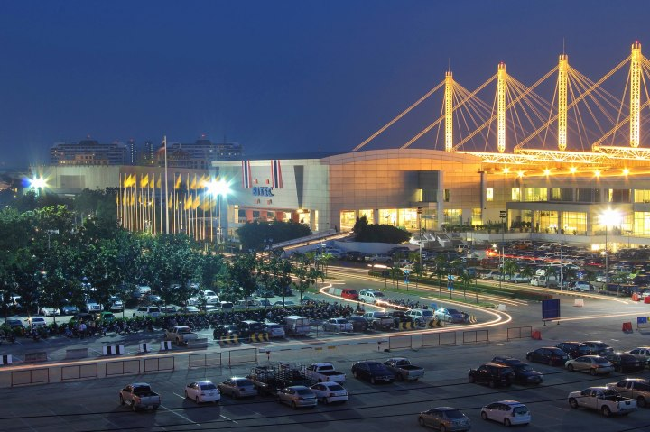 Thailand International Trade and Exhibition Center, Bangkok. Photo Source: http://www.bangkok.com/business-trade-exhibitions.htm